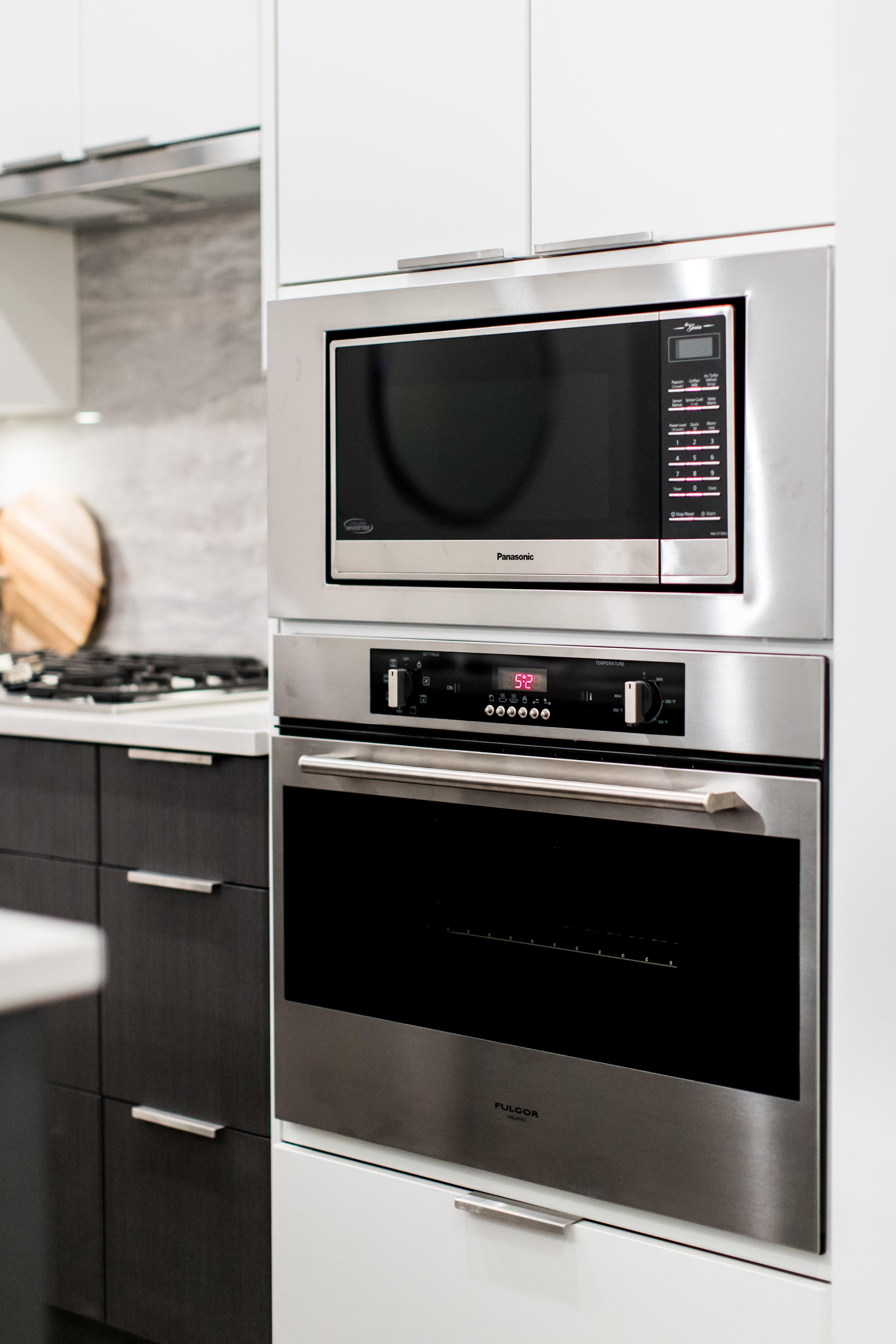 https://highpointeliving.ca/wp-content/uploads/2019/08/Kitchen-A45I0094.jpg